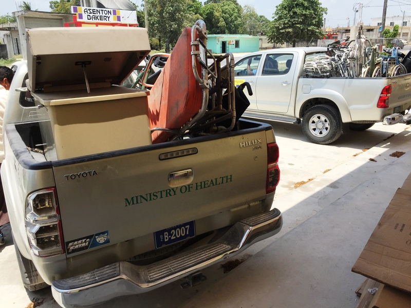 Ministry of Health trucks picking up the medical equipment for the hospital.